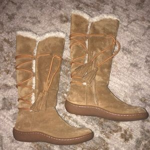 Women's size 6 banana republic tall lined boots
